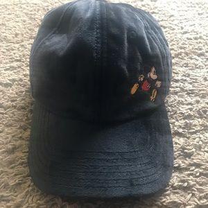 🧢 NWT Mickey hat 🧢